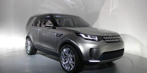 Tire, Wheel, Automotive design, Product, Automotive tire, Vehicle, Automotive lighting, Land vehicle, Automotive exterior, Glass,