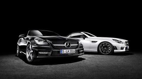Mode of transport, Automotive design, Vehicle, Land vehicle, Grille, Hood, Car, Mercedes-benz, Personal luxury car, Rim,