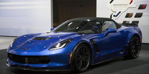 Wheel, Automotive design, Blue, Vehicle, Land vehicle, Car, Rim, Performance car, Hood, Fender,
