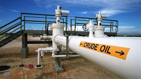 Infrastructure, Pipe, Gas, Pipeline transport, Cylinder, Machine, Engineering, Plumbing, Steel, Guard rail,
