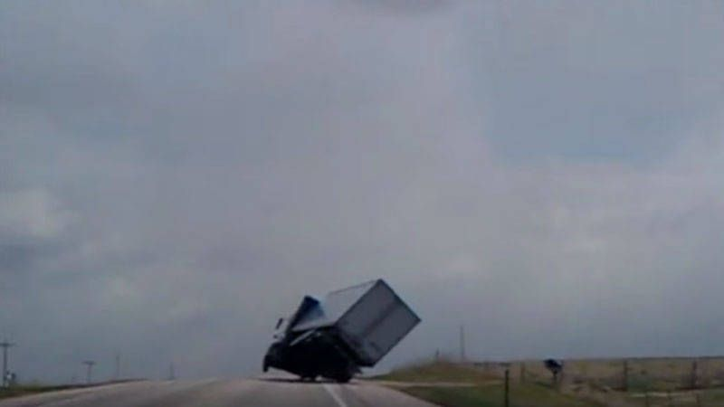 Watch this trucker make the most epic save of the year
