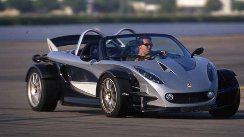 Automotive design, Vehicle, Car, Performance car, Supercar, Rim, Sports car, Automotive tire, Hood, Automotive wheel system,