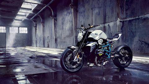 Motorcycle, Motor vehicle, Tire, Wheel, Automotive tire, Mode of transport, Automotive design, Fuel tank, Automotive lighting, Automotive wheel system,