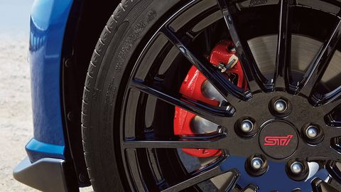 Wheel, Tire, Automotive tire, Alloy wheel, Spoke, Automotive wheel system, Automotive design, Rim, Synthetic rubber, Tread,