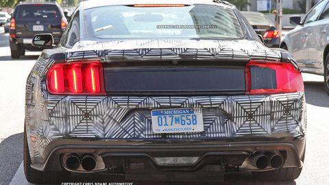 Motor vehicle, Mode of transport, Automotive design, Automotive exterior, Vehicle, Land vehicle, Automotive lighting, Car, Automotive tail & brake light, Vehicle registration plate,