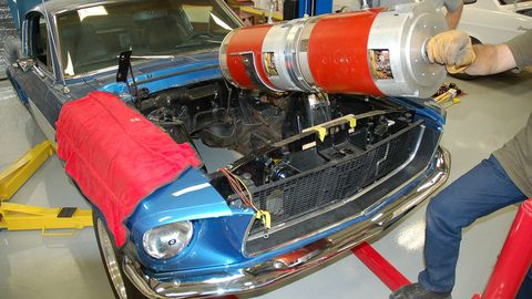 Motor vehicle, Automotive design, Vehicle, Hood, Grille, Automotive exterior, Headlamp, Automotive lighting, Car, Classic car,
