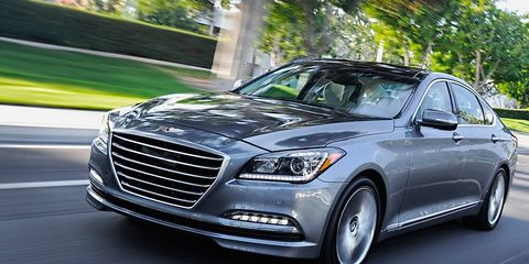 Tire, Automotive design, Vehicle, Automotive lighting, Headlamp, Grille, Hood, Car, Personal luxury car, Spoke,