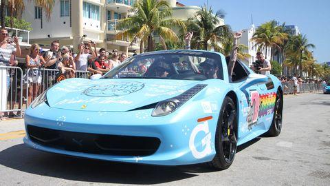 Wheel, Automotive design, Vehicle, Land vehicle, Performance car, Car, Rim, Sports car, Supercar, Fender,