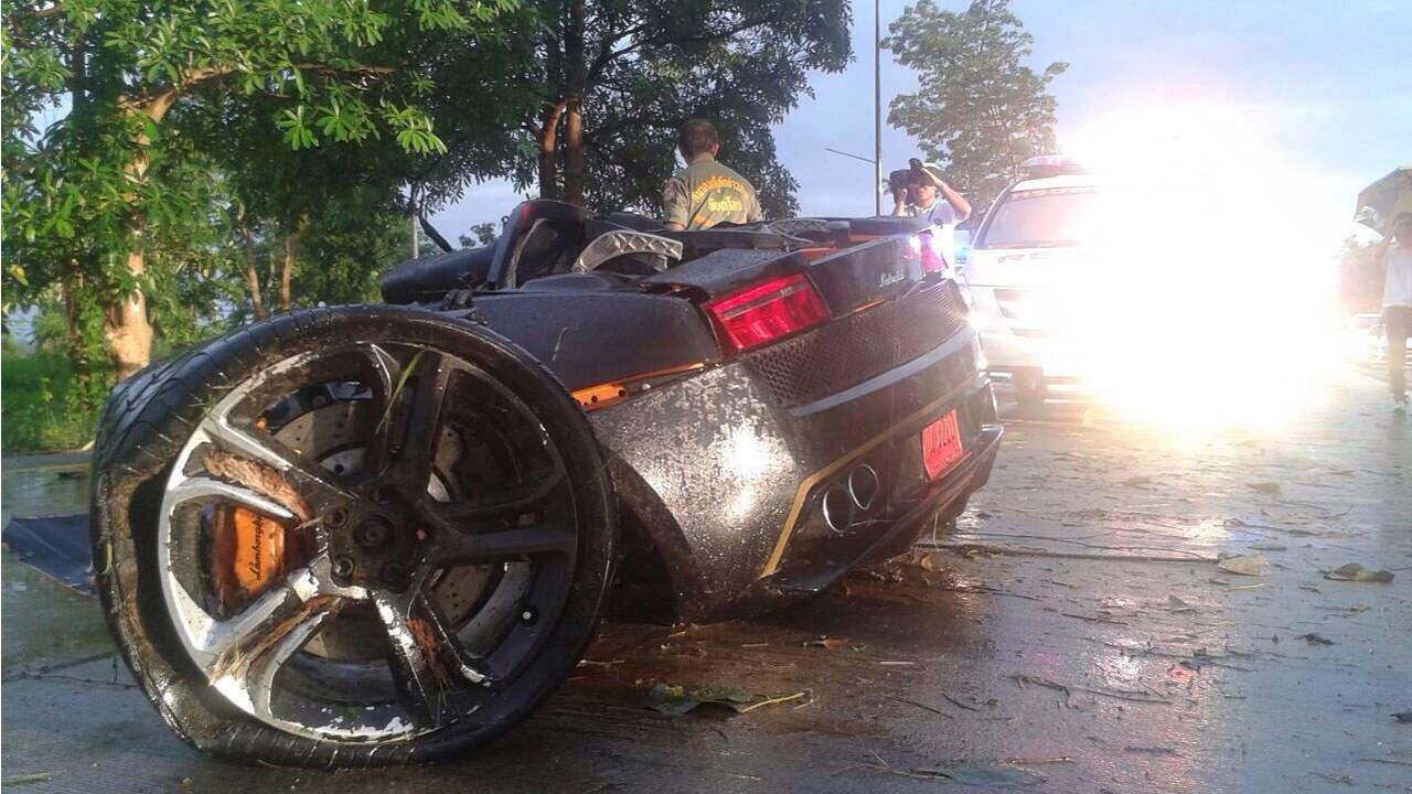 Thai businessman crashes Lamborghini Gallardo, rips it in half, walks away