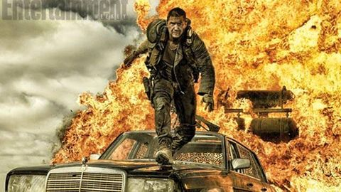 Soldier, Grille, Hood, Shooter game, Animation, Geological phenomenon, Sedan, Fire, Explosion, Combat vehicle,