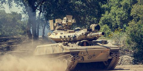 Tank, Mode of transport, Combat vehicle, Military vehicle, Self-propelled artillery, Military organization, Auto part, Army, Machine, Military,