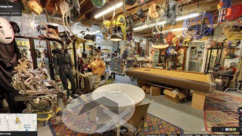Lighting, Ceiling, Marketplace, Retail, Market, Light fixture, Trade, Collection, Customer, Bazaar,