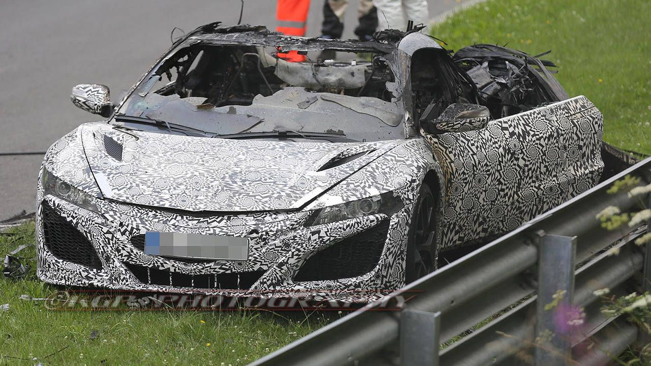 Acura NSX Prototype burns to the ground at the Nürburgring