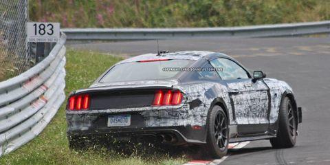 Tire, Wheel, Automotive design, Vehicle, Automotive tire, Performance car, Car, Motorsport, Sports car racing, Alloy wheel,