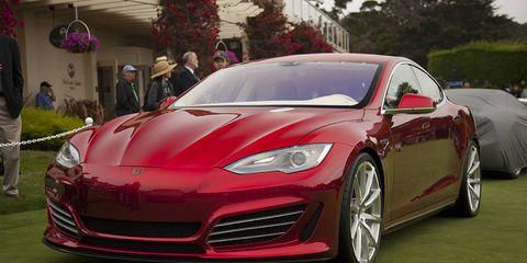 Automotive design, Vehicle, Event, Land vehicle, Performance car, Red, Car, Sports car, Fender, Personal luxury car,