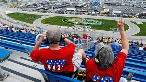 Sport venue, Race track, Competition event, Stadium, Logo, Racing, Championship, Fan, Arena, Auto racing,