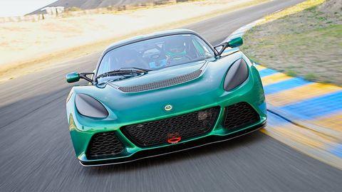 Mode of transport, Automotive design, Vehicle, Green, Land vehicle, Performance car, Hood, Automotive mirror, Supercar, Car,