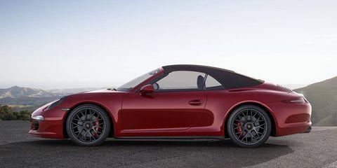 Tire, Wheel, Automotive design, Vehicle, Alloy wheel, Land vehicle, Rim, Car, Performance car, Red,