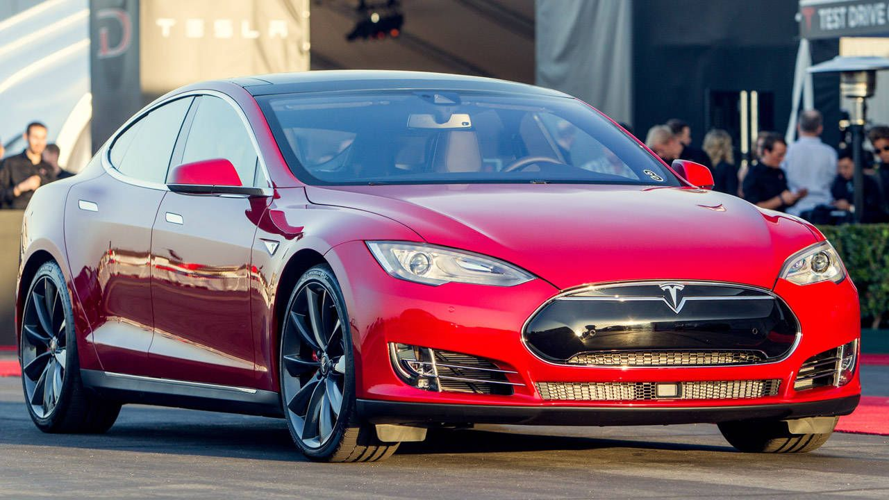 Tesla Model S P85D: Dual motors, AWD, 691 hp, 3.2 to 60