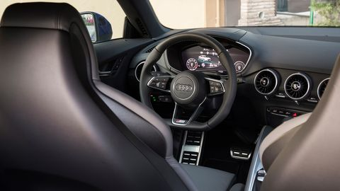 Motor vehicle, Steering part, Mode of transport, Automotive design, Vehicle, Steering wheel, Transport, Automotive mirror, Speedometer, Car,