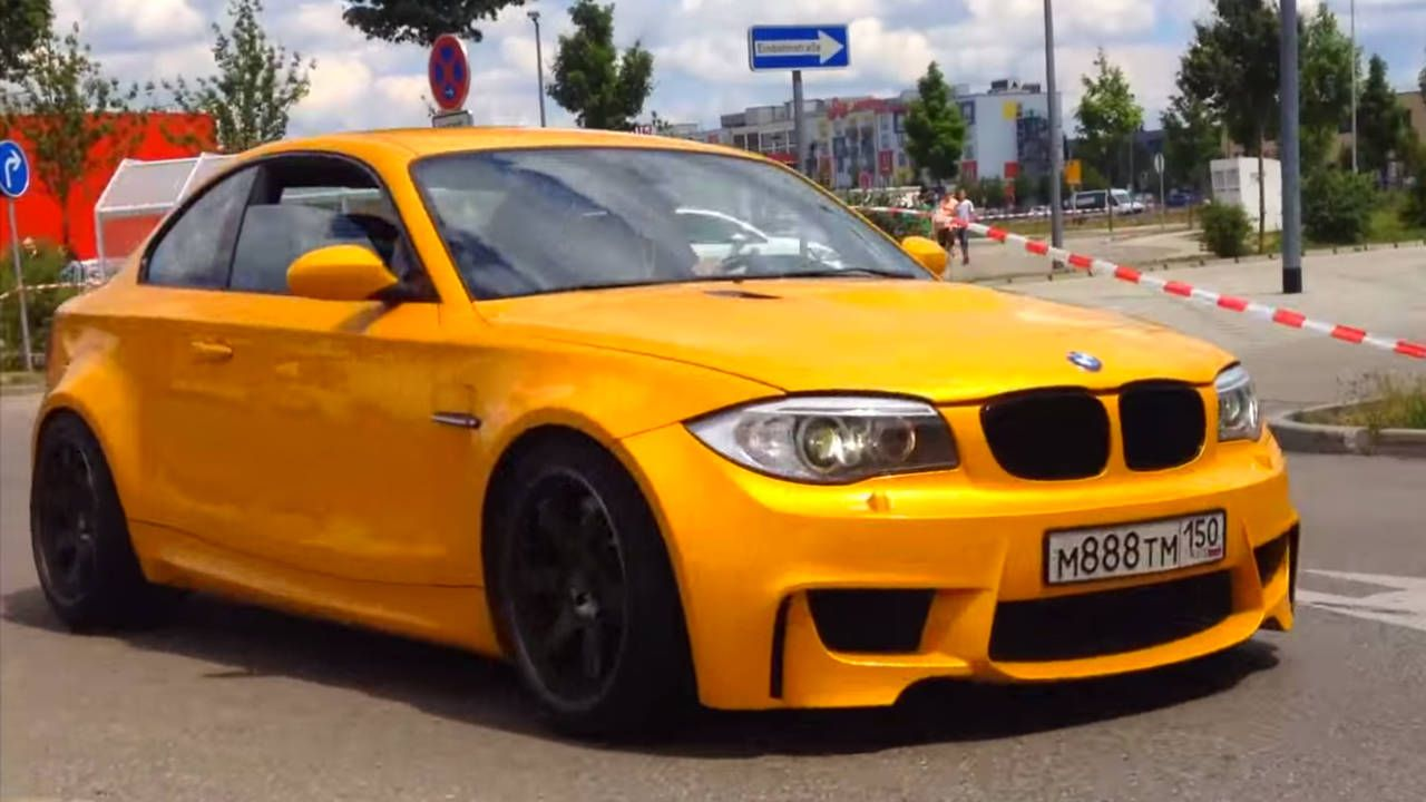 This awesome BMW 1M sounds a lot like an M3