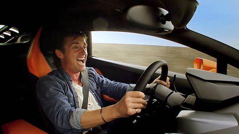Motor vehicle, Automotive mirror, Automotive design, Mode of transport, Steering part, Steering wheel, Car, Glass, Rear-view mirror, Vehicle door,