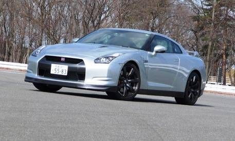 Review Of The New 2010 Nissan Gt R Full New Car Details
