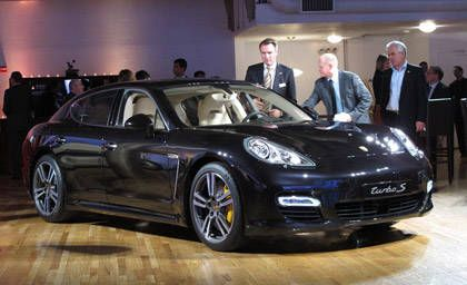 2012 porsche panamera turbo s 2011 new york auto show preview. Black Bedroom Furniture Sets. Home Design Ideas