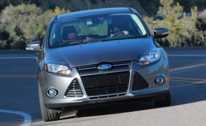 2012 Ford Focus Titanium Five-Door - dailymotion.com