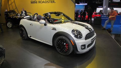 The 2017 Detroit Auto Show Is Somewhat Ironically Playing Host To Debut Of Mini Cooper Roadster Brand S First 2 Penger Drop Top