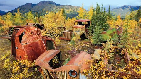 Rural area, Hill, Rust, Mountain range, Paint, Hill station, Ridge, Scrap, Painting, Summit,