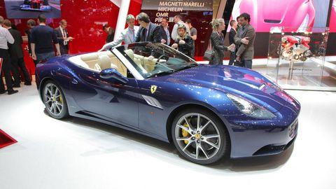 Tire, Wheel, Mode of transport, Automotive design, Vehicle, Performance car, Supercar, Car, Personal luxury car, Sports car,