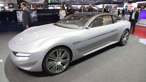 Tire, Wheel, Automotive design, Mode of transport, Vehicle, Land vehicle, Event, Car, Alloy wheel, Rim,