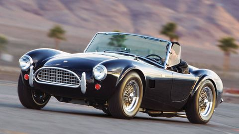 Tire, Automotive design, Vehicle, Land vehicle, Headlamp, Car, Rim, Automotive tire, Fender, Performance car,