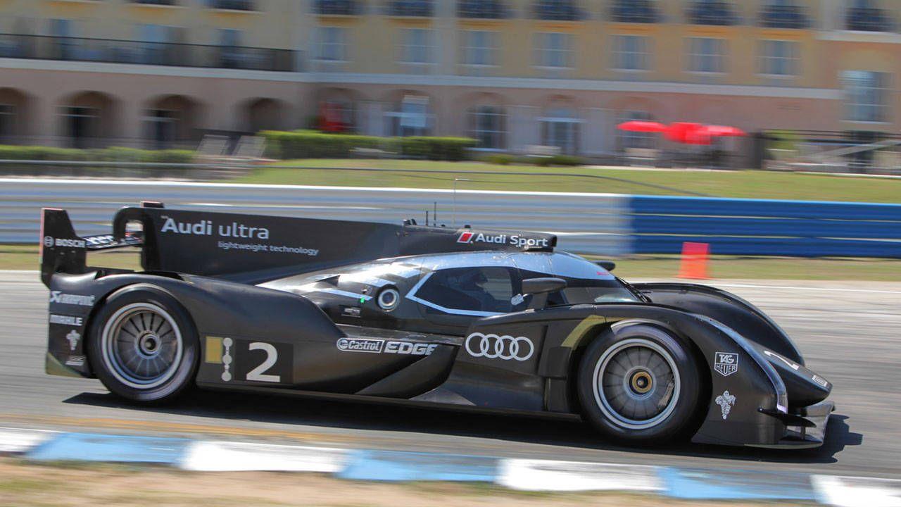 Race Car Test Audi R Etron Quattro Hybrid Le Mans Race Car Test - Audi r18 e tron quattro