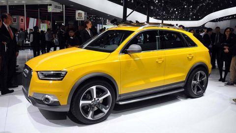 Tire, Wheel, Automotive design, Vehicle, Yellow, Car, Automotive tire, Grille, Alloy wheel, Rim,
