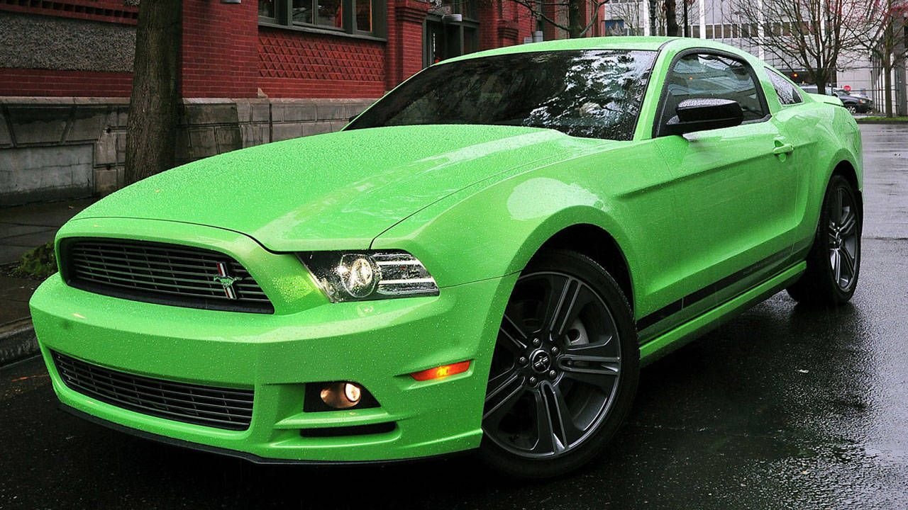 2013 Ford Mustang Gt Specs Review And Photos