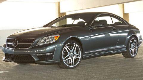 Tire, Wheel, Automotive design, Vehicle, Alloy wheel, Automotive lighting, Rim, Spoke, Automotive tire, Car,