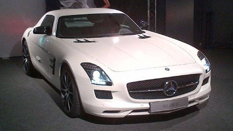 2013 Mercedes Benz Sls Amg Gt Coupe And Roadster Photos And