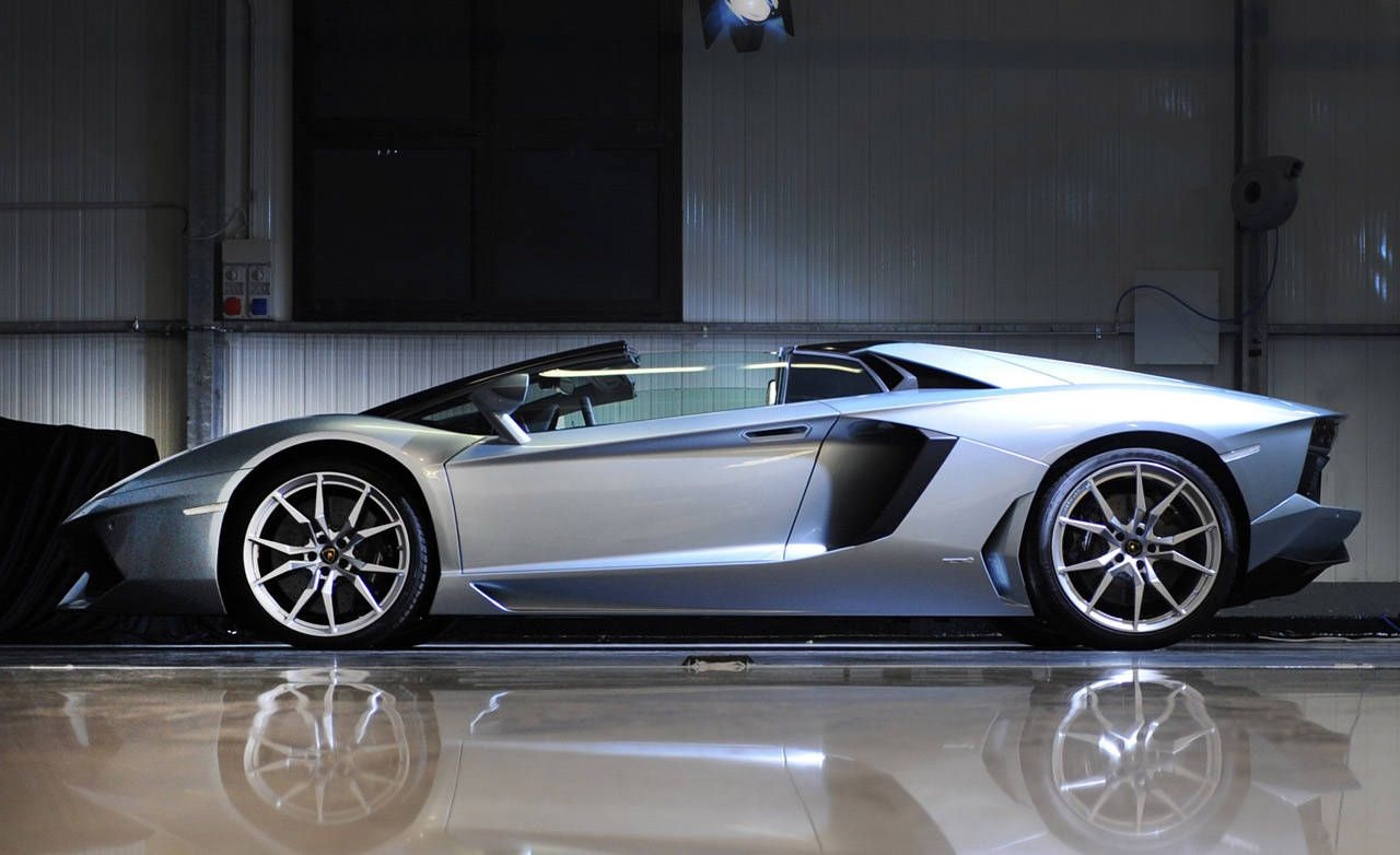 2013 Lamborghini Aventador Lp 700 4 Roadster Photos Price