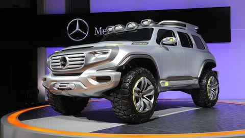 Tire, Motor vehicle, Wheel, Automotive design, Automotive tire, Vehicle, Automotive exterior, Grille, Rim, Automotive wheel system,