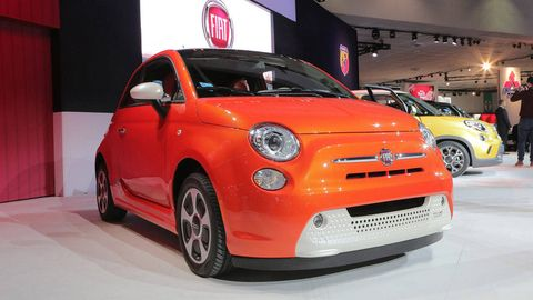 The 2017 Los Angeles Auto Show Is Playing Host To Introduction Of Fiat 500e An Electric Ed Version Italian Automaker S Pee