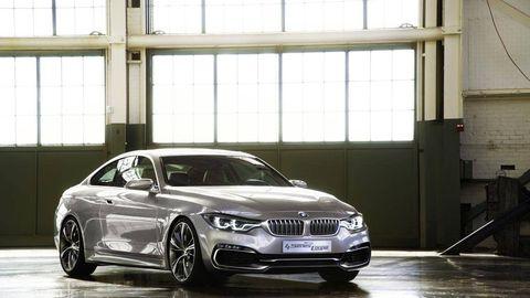 Tire, Automotive design, Mode of transport, Vehicle, Window, Vehicle registration plate, Automotive exterior, Alloy wheel, Rim, Automotive lighting,