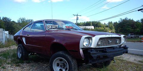 Tire, Wheel, Vehicle, Automotive design, Hood, Automotive tire, Car, Classic car, Rim, Fender,