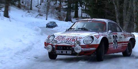 Tire, Winter, Vehicle, Land vehicle, Car, Freezing, Motorsport, Rallying, Headlamp, Snow,
