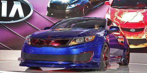 Motor vehicle, Automotive design, Vehicle, Automotive lighting, Car, Automotive mirror, Luxury vehicle, Mid-size car, Personal luxury car, Full-size car,