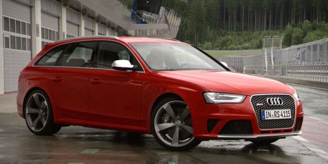 Tire, Wheel, Automotive design, Vehicle, Land vehicle, Car, Alloy wheel, Rim, Red, Grille,