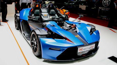 Wheel, Tire, Automotive design, Mode of transport, Vehicle, Rim, Car, Automotive wheel system, Automotive exterior, Fender,