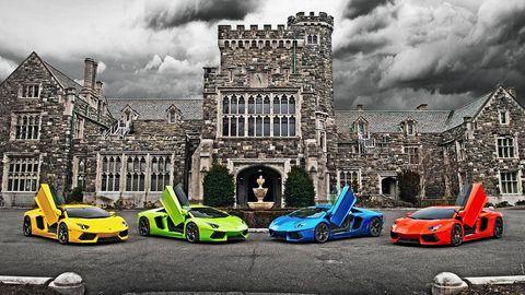 Tire, Wheel, Motor vehicle, Automotive design, Mode of transport, Vehicle, Land vehicle, Car, Automotive exterior, Hood,