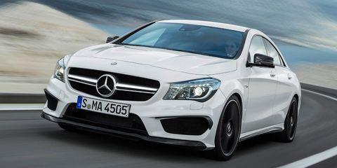 Mode of transport, Automotive design, Vehicle, Land vehicle, Grille, Hood, Car, Alloy wheel, Personal luxury car, Headlamp,